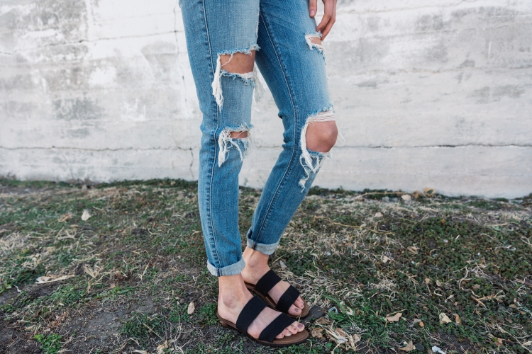 Light destructed Daytrip Jeans