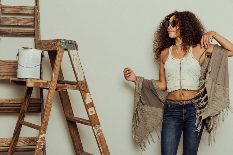 70s Styles   Flares and Crochet Top with Ray Bans