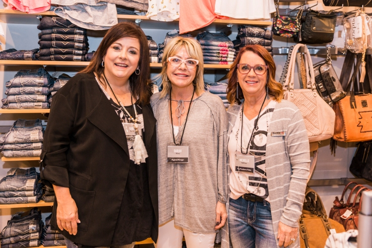 Kari Smith in Buckle Store with Michelle Hoffman and Darah Klima