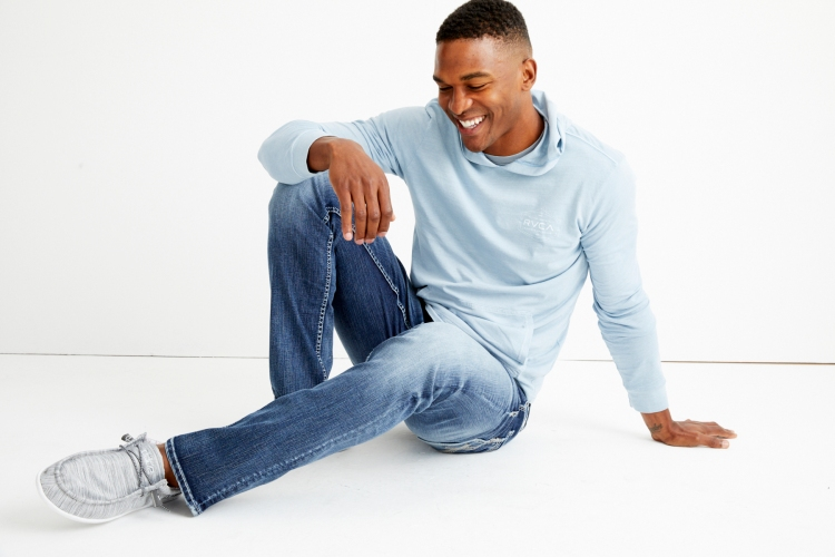 The BKE Jake is available in short, regular, long, and extra-long inseams, perfect for our guys with some height.