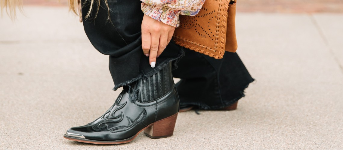 How to pair shoes and jeans