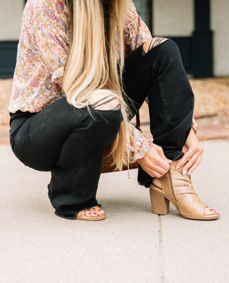 Women's Flyer Monkey Black Destructed Flares Paired with Vintage 93 Tan Open Toe Ankle Boots